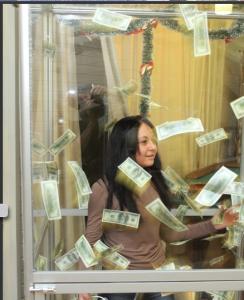 аттракцион летающие деньги как выглядит