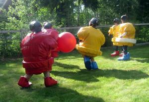 фото аттракциона сумо футбол